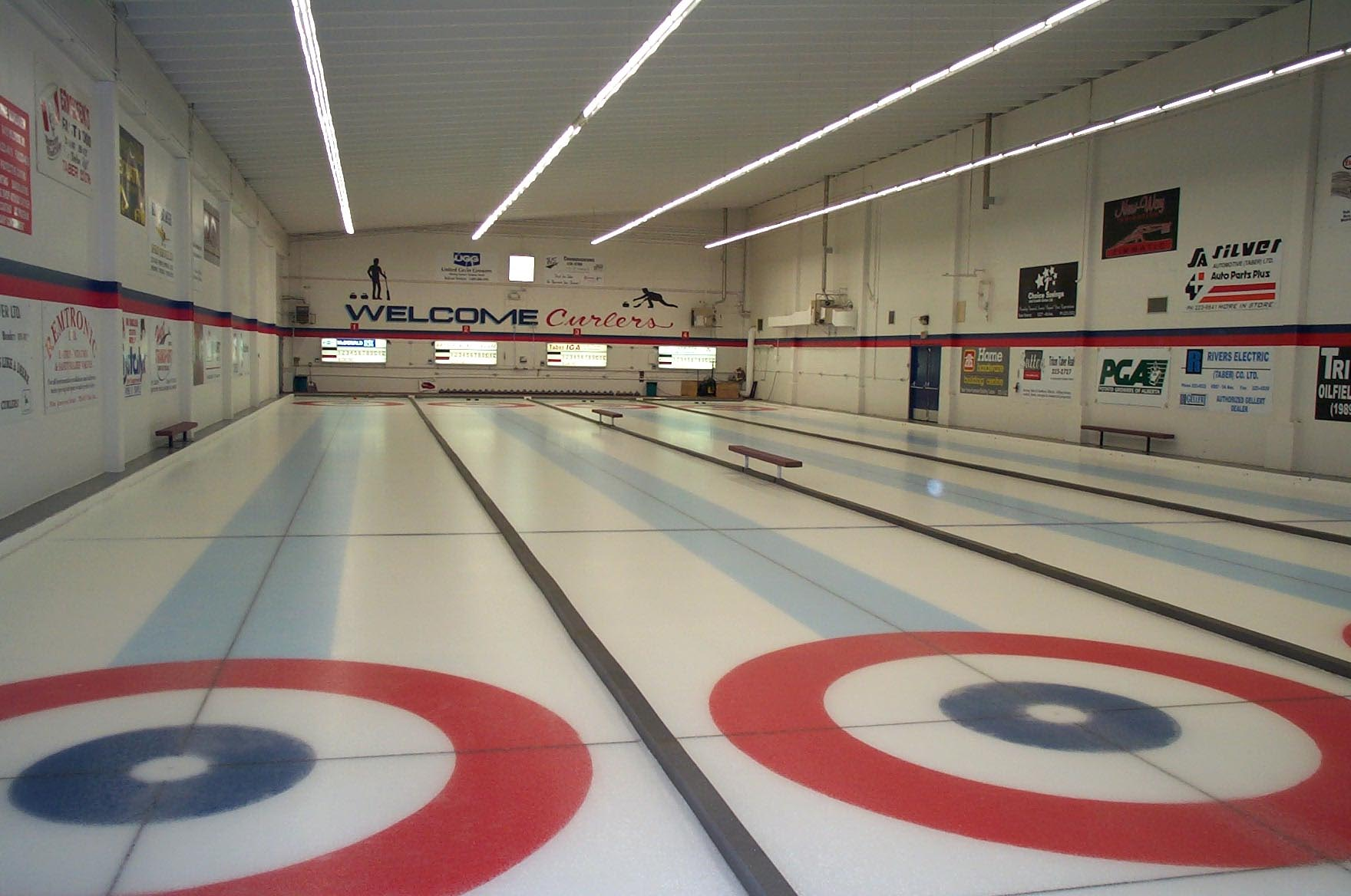 CurlingRinkIceSurfaceFromMainLevel